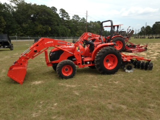 Where to find Tractor w  loader bucket 51HP HST in Henderson